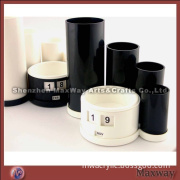 Black Ingenious Round Acrylic/Plexiglass Pen/Pencil/Lead Pencil Display Holder/Stand/Container Brush