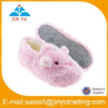 Chaussures d'hiver chaudes d'intérieur