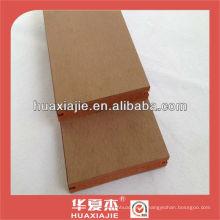 Revêtement de sol en vinyle de couleur unie WPC