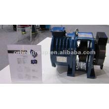 Aufzugsgetriebe oder getriebelose Traktionsmaschine