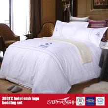 Folha de cama luxuosa ajustada do fundamento do logotipo do hotel do bordado de 100Cotton
