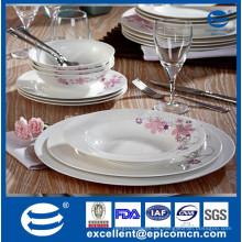 18pcs personalisiertes feines Knochenporzellan-Porzellan-Abendessen eingestellt