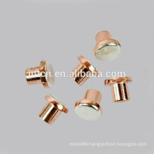 Flat head electrical contact rivet for low voltage appliance