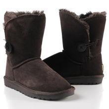 Botas de cuero clásico chocolate lana botón plano nieve