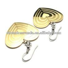 Pendientes de oro estilo corazón para mujer