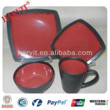 Céramique en grès Reactive Imprimé 16pc Dinner Set Black and Red Square Dinnerware