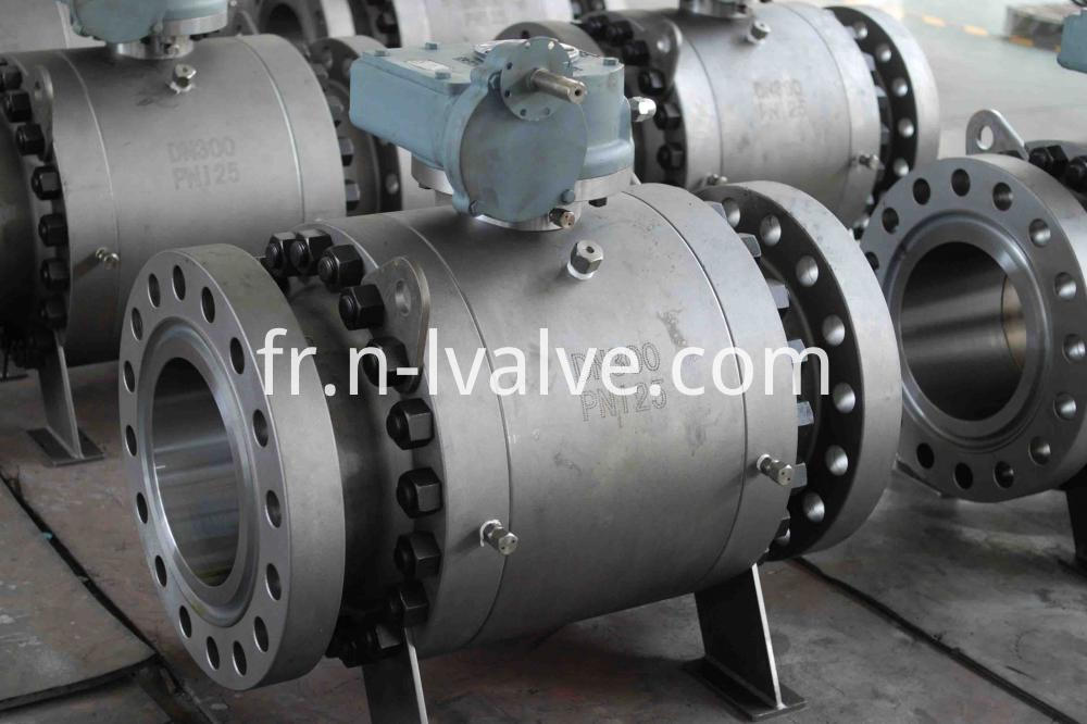 Three Pcs Forged Steel Hard Seal Trunnion Ball Valve