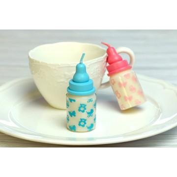 парафиновая свеча в форме бутылки для детского молока