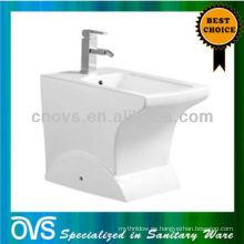 bathroom shattaf ceramic bidet Artículo: A5013