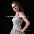 2017 nueva moda facotry suministro elegante vestido de dama de honor 2 unids conjunto atado halter dama de honor vestidos cortos en color gris
