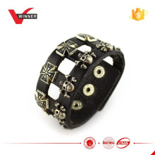 2015 fashion leather skull bracelet