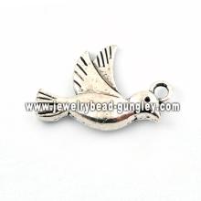 Bird shape alloy pendant necklace