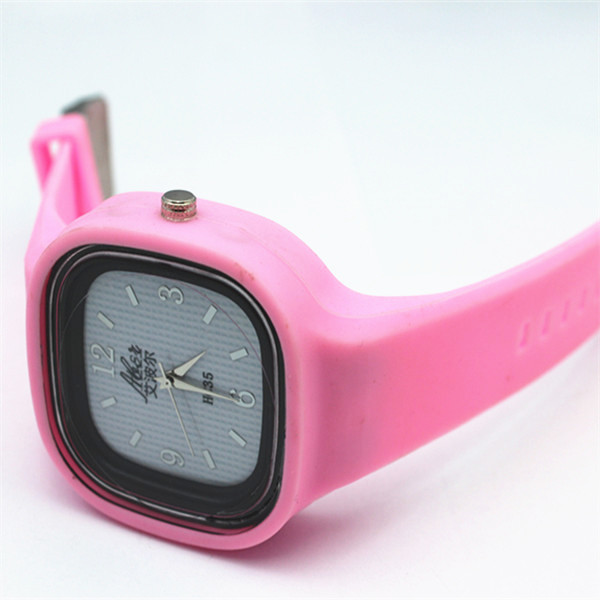 Fashion silicone rubber band watch