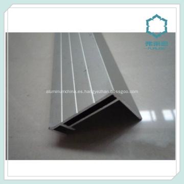 Sección de aluminio para estanterías Solar