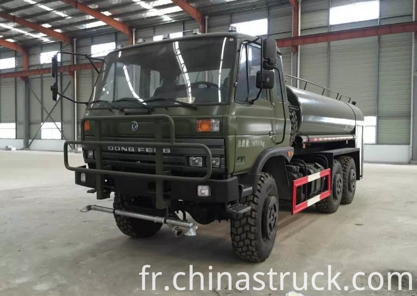 PLA use 6x6 water truck 10,000 liters