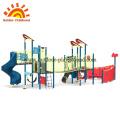 Tema de barco de estructuras al aire libre del gimnasio de la selva