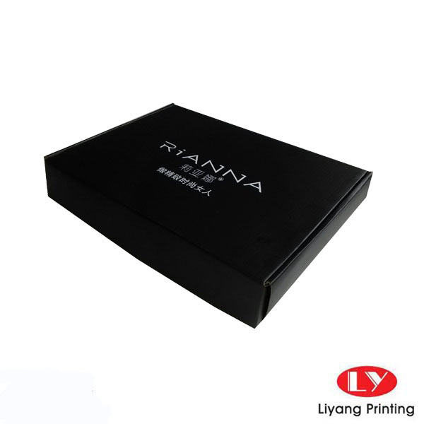 black paper box for cloth for shipping