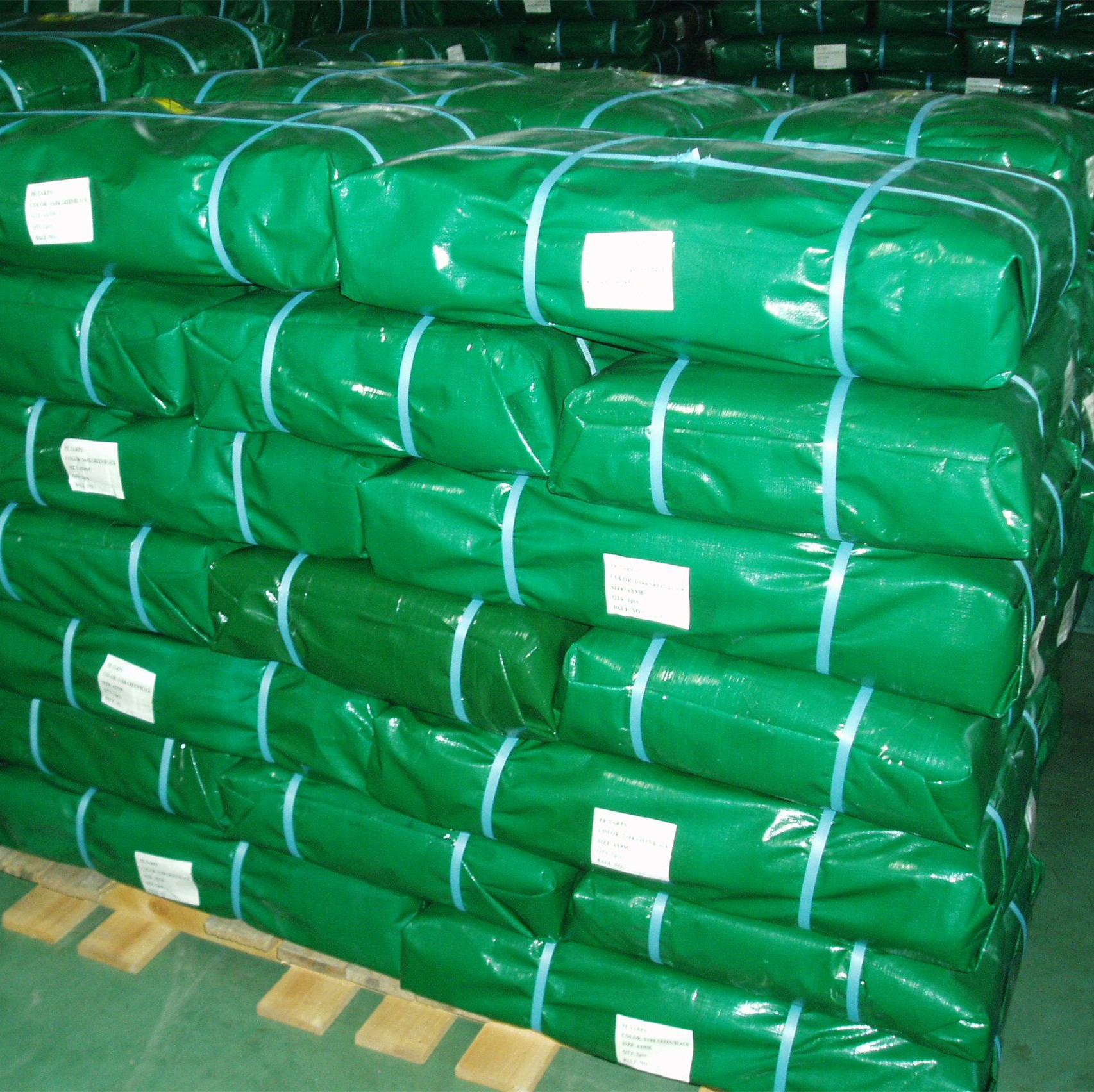 Green PE tarp bale packing