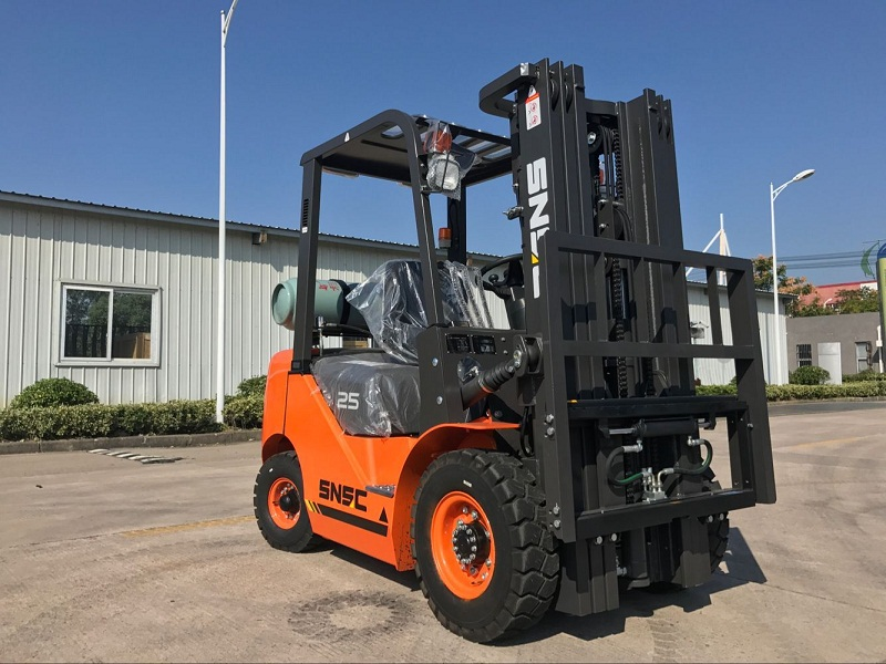 2.5 ton lpg gas forklift to Mexico from sheri (7)