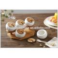 Jarras de especia de bambú de cerámica blancas de los utensilios de cocina modernos para la venta