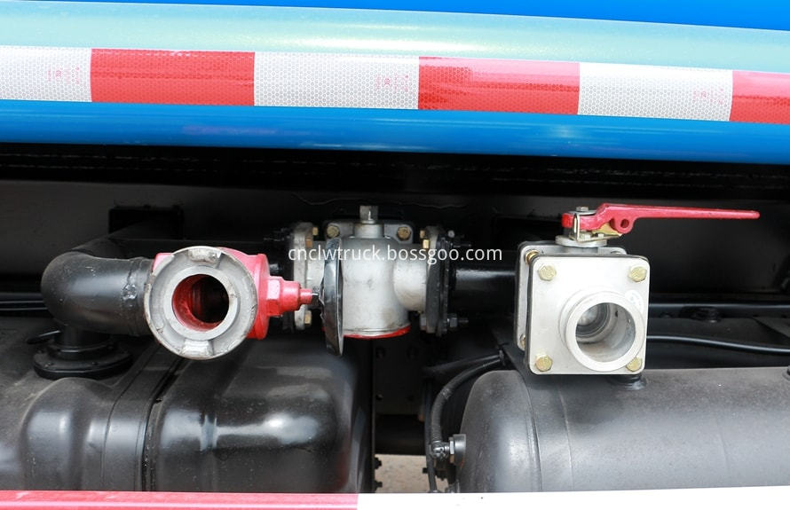 foton water truck price details 3