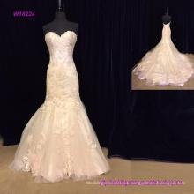 Vestido de novia de la sirena de encaje sin espalda cariño