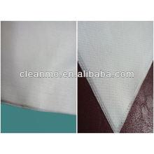 lingettes propres de polyester de pulpe de bois