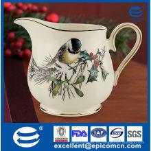 Nueva jarra de leche china de hueso hecha en china con borde dorado y pintura de pájaros agradable creamer
