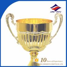 Troféus promocionais exclusivos por atacado de metal de ouro Troféus de troféus metálicos de ponta