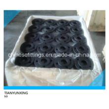 Deslizamiento sobre las bridas de acero de carbono con pintura negra