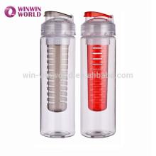 Botella de agua de consumición plástica de la fruta del nuevo diseño con el infusor