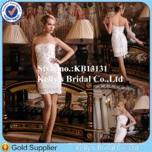 Klassisches Hochzeitskleid trägerloses schweres bördelndes A-line kurzes Spitze-Hochzeits-Kleid
