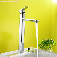 Bathroom Basin Faucet with Single Handle