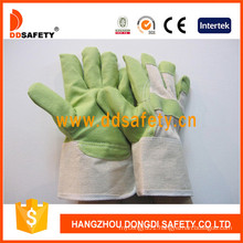 Green PVC Garden Gloves with White Cotton Back Dgp105