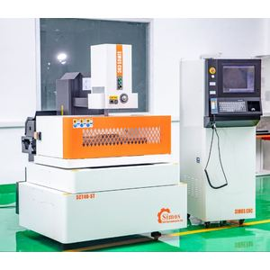High Qualtiy and Precision CNC Wire CutEDM Machine