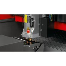 Máquina de corte a laser em chapa