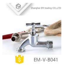 EM-V-B041 Heißer Verkauf Nickel überzogene Zink-Legierung Bibcock Hahn