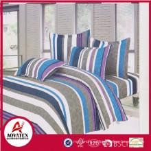 Conjuntos de edredón de color brillante 100% poliéster, bolsa de PVC y cama de tarjeta de inserción en conjunto de edredón de bolsa