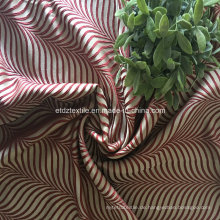 100% Polyester Schrumpfgarn Jacquard Vorhang Stoff in Brunnen Drapes
