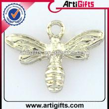 2013 colgante de mariposa personalizado de metal barato