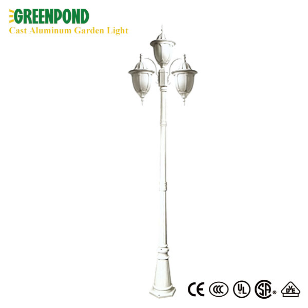 Cast Aluminum Garden Lamp with Glass Lampshade