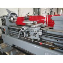 Máquina de torno convencional
