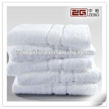 100% Baumwolle Badetuch Hotel oder Spa verwendet White Custom Logo Handtuch