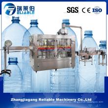 Máquina avanzada de la planta de relleno del agua mineral de la botella de China
