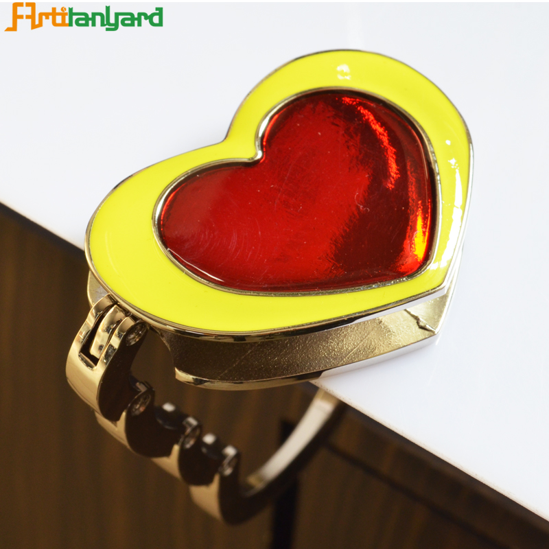 Fashion Customized Heart Bag Hanger