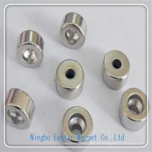 Imán de NdFeB del cilindro modificado para requisitos particulares con agujero para pequeños motores