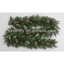 POP Christmas Natural Garland