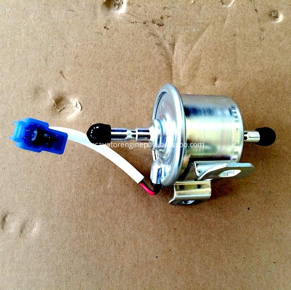 R1401 51352 R1401 51350 Fuel Pump For Kubota V2203 Engine Fits