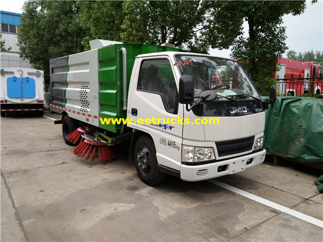 115HP 2 Ton Road Sweeper Vehicles