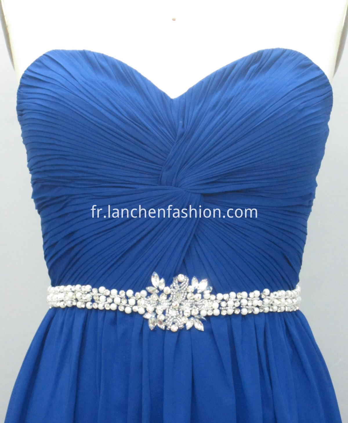 dress ROYAL detail